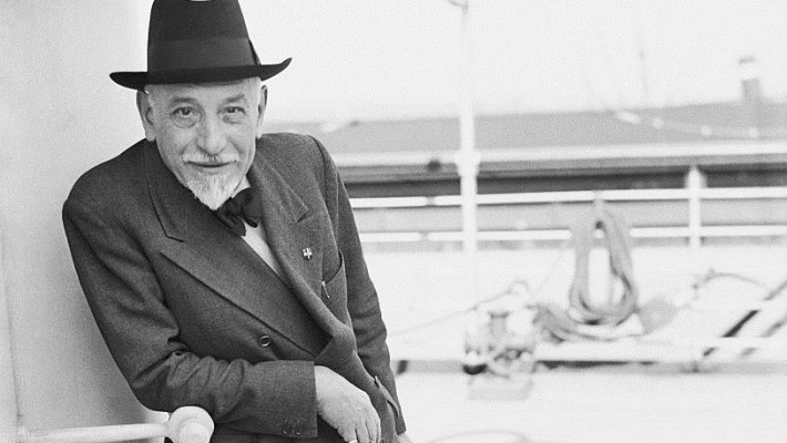 Para Flávio AMoreira, o conto de Pirandello é fundamental para o escritor iniciante.