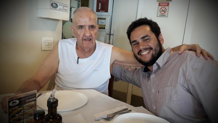 Literato e crítico literário Carlos Nejar, da Academia Brasileira de Letras, e o poeta Diego Mendes Sousa