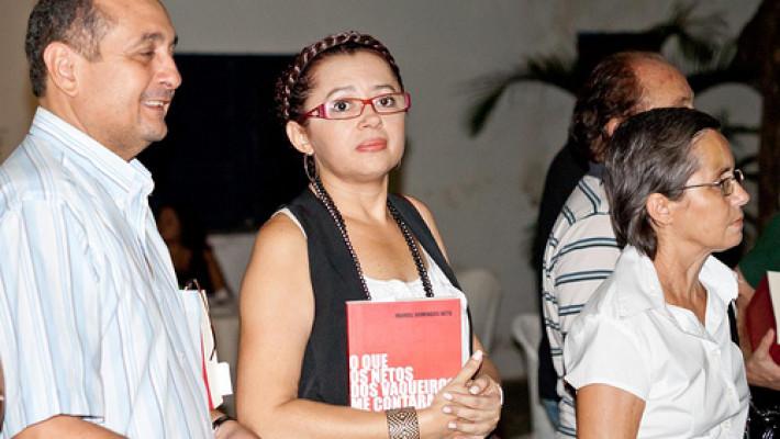 LUÍZA AMÁLIA, UMA CAÇADORA DE IMAGENS