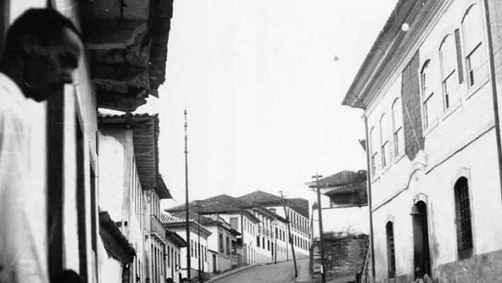 Antiga Casa de Câmara e Cadeia de Conceição do Mato Dentro-MG, foto do Acervo Histórico Celso Cirino