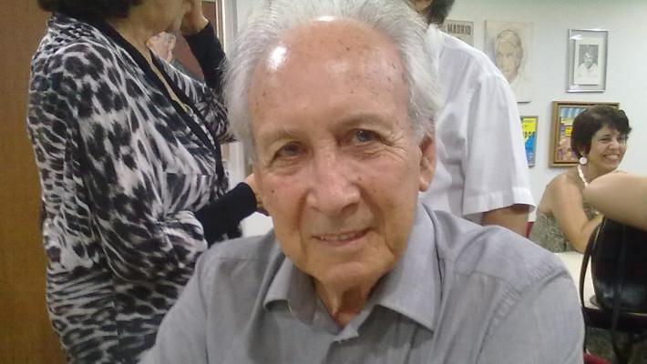 O Poeta gaúcho José Santiago Naud (1930-) completa 90 anos de vida neste ano de 2020!