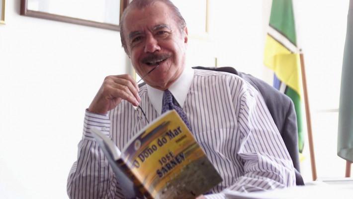 Poeta José Sarney completa 90 anos de vida em 2020.