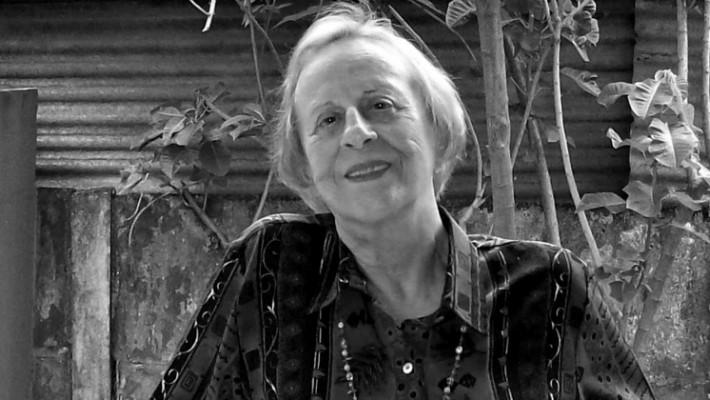 Lina Tâmega Peixoto é poeta mineira, nascida em 1931