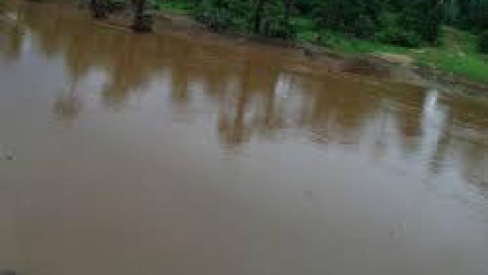 Rio Canindé, em cujo vale viveu e lutou o homenageado (imagem colhida livremente na Internet)