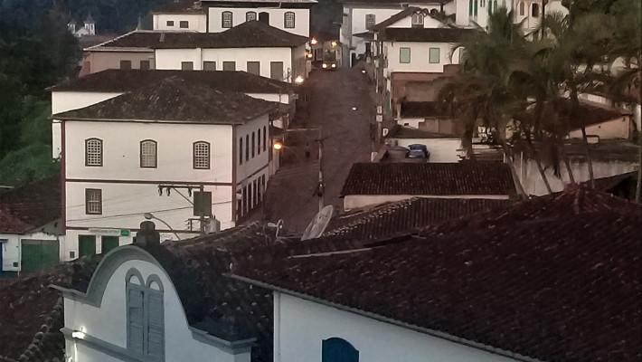 Serro (Minas Gerais): poema de Jefferson Bessa