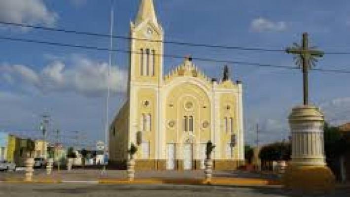 Igreja Matriz de N. Sra. dos Milagres, em Milagres, Ceará.