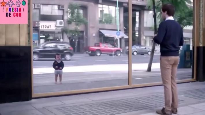 Reprodução de imagem em vide