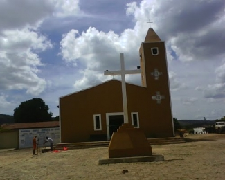 Igreja matriz de Aroases