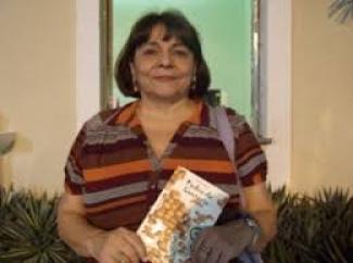 Graça Vilhena analisa obra da avó Isabel