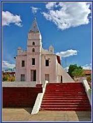 Igreja matriz de N. Sra. da Conceição Aparecida, em Bertolínia.